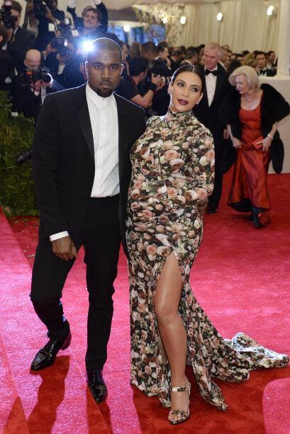 Sin embargo, el vestido floreado que tanto fue criticado, dijo Kim ser d...