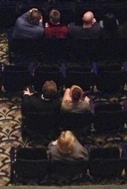 Eva y Ryan fueron captados en el show Don Rickles en el Saban Theatre de...