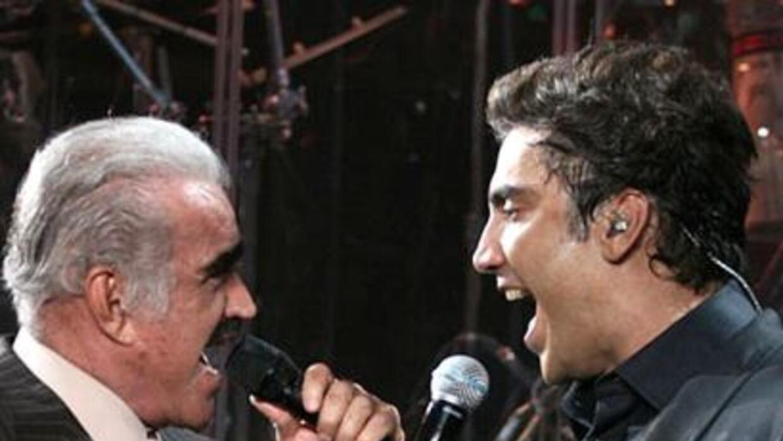 'Chente' y 'El Potrillo' podrían cantar grandes clásicos deConsuelo Vel...