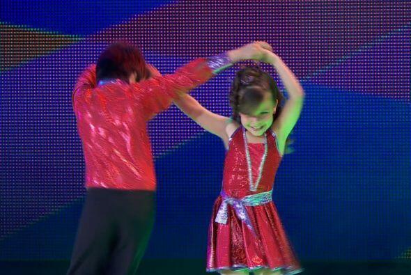 Michelle y David bailaron con mucho ritmo.