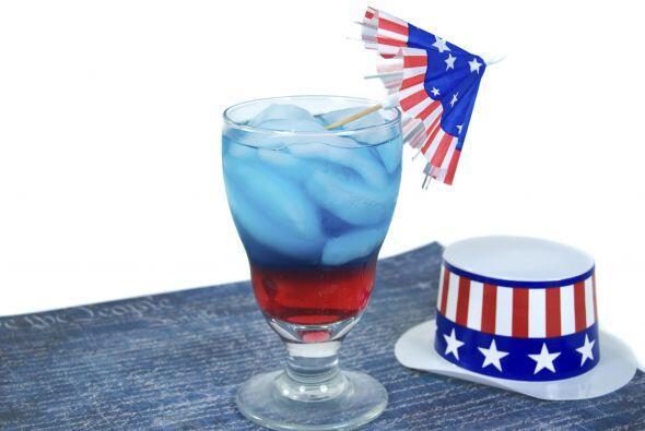 Puedes hacer la bebida que tú quieras, lo importante es la decoración, i...