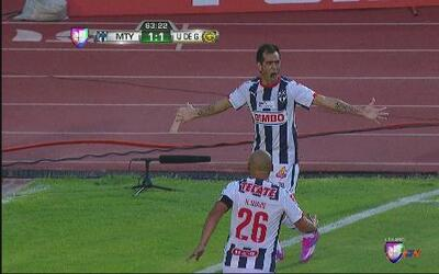 Monterrey desempata 2-1 ante los Leones Negros