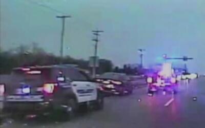 Policía consigue detener un auto sin control cuyo conductor estaba tenie...