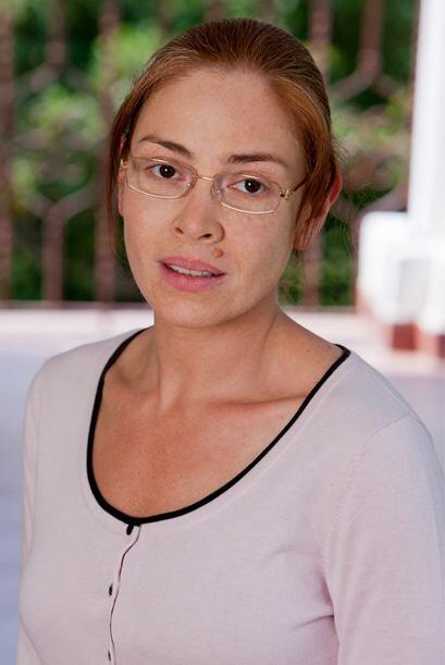 """""""Simona"""" es una mujer poco agraciada físicamente, hered..."""