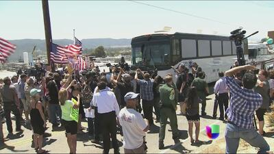 En California se negaron a recibir a migrantes trasladados desde Texas