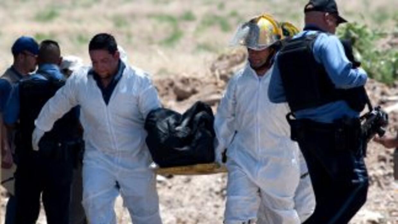 En lo cuatro primeros años del presidente Felipe Calderón, murieron 33,...