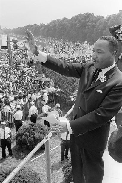 Durante la marcha a Washington en 1963, dónde más de 250 mil personas ll...