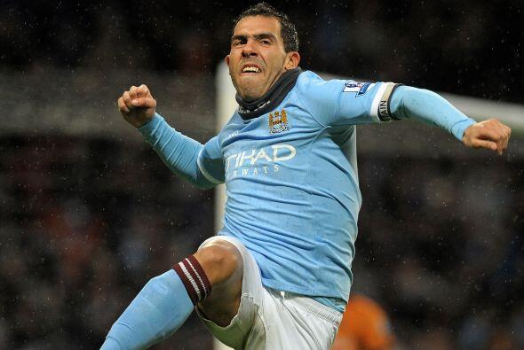 Carlos Tévez es el goleador de la Liga Premier, el presente del d...