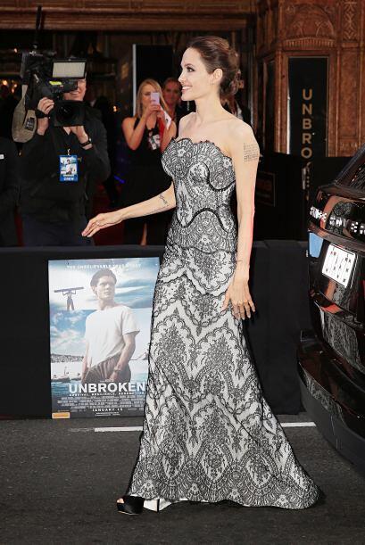 Como directora del filme, Jolie sabía que no podía decepcionar con su look.