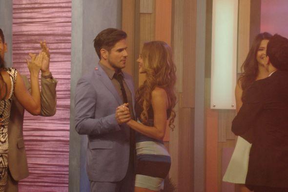 Ximena Córdoba y Daniel Arenas se conocían de diez años atrás y mientras...