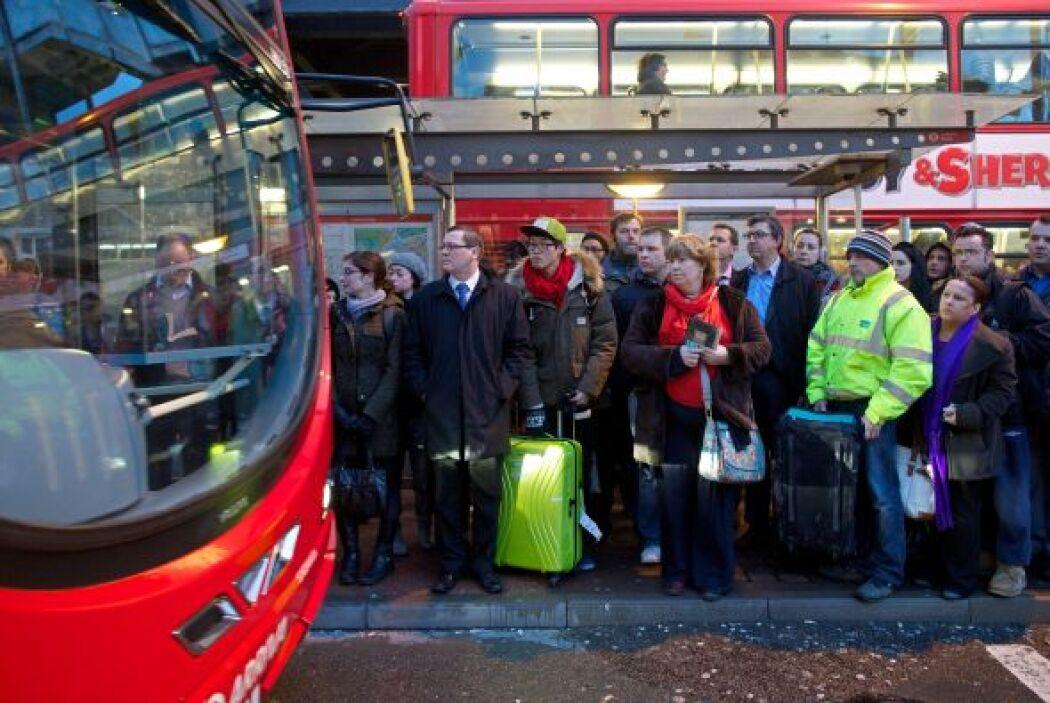 Mucha gente tuvo incluso dificultades esta mañana para tomar autobuses.