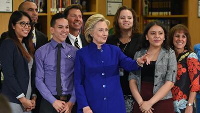 ¿Qué haría Hillary Clinton como presidenta? Conoce a la hispana al frent...