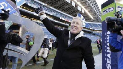 Pete Carroll y la directiva de Seahawks llevaron el Trofeo Lombardi a Se...