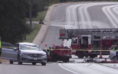 Un muerto y cinco heridos deja choque de tres autos