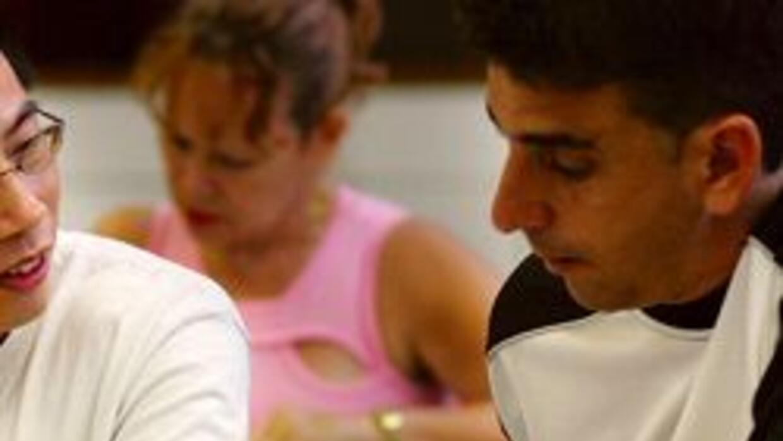 Lanzan campaña de apoyo para que padres latinos inspiren a sus hijos a s...