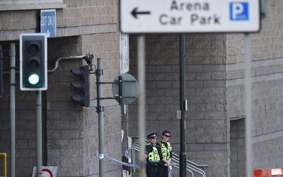 Autoridades arrestan a tres sospechosos vinculados al ataque terrorista...