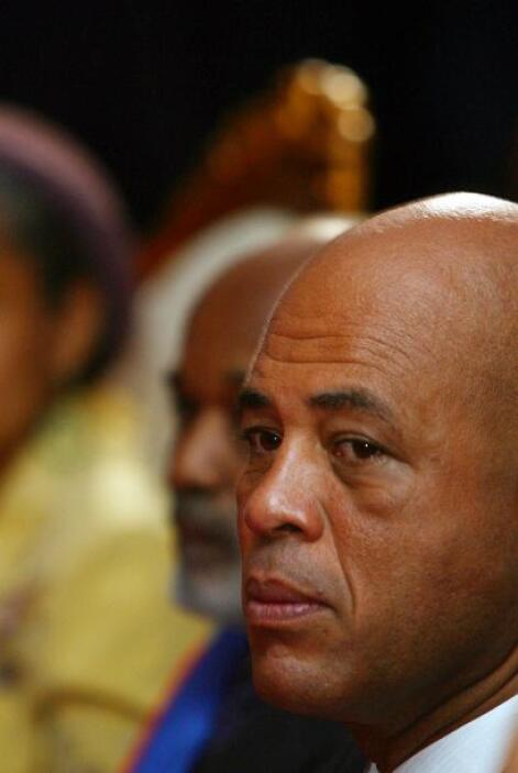 Después de 20 años de carrera musical, Martelly ha tomado el relevo de l...