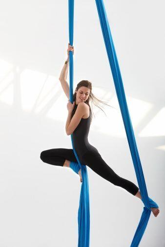 La danza aérea es una fusión entre danza contemporá...