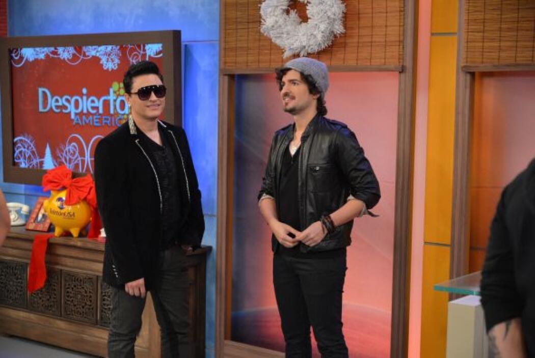Elvis Crespo estuvo en el anuncio de nominados de Premio Lo Nuestro 2014.
