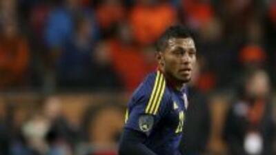 El defensor colombiano Carlos Valdés fue presentado como el segundo refu...