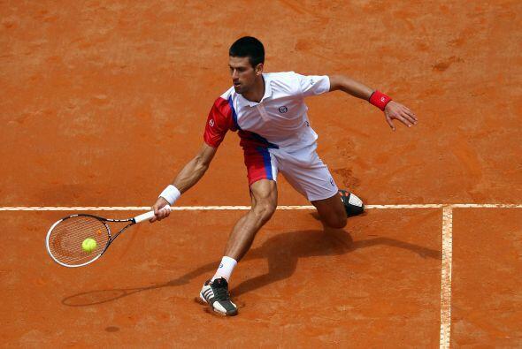 El tenista de Belgrado se midió con el australiano Bernard Tomic, en su...