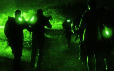 Fuerzas Comando: Marcha nocturna