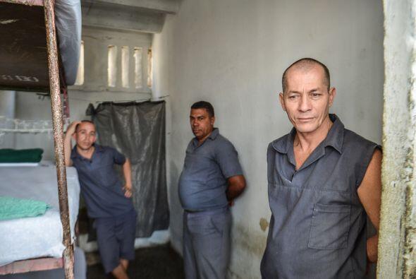 El inusual recorrido de la prensa por estas prisiones se ha producido tr...