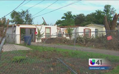 Confirman paso de tornado por San Antonio