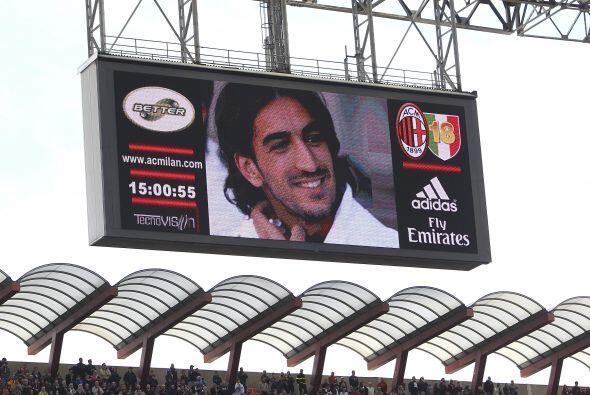 En su partido ante el Bolonia, se recordó al fallecido Piermario...