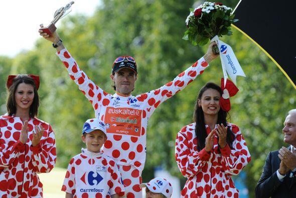 También subió al podio Samuel Sánchez (Euskaltel), el triunfador de la e...