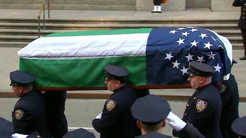 Así fue el último adiós del policía que perdonó al adolescente que lo de...