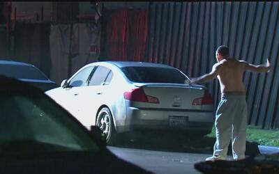 Violento arresto captado en video en el Sur de Los Ángeles