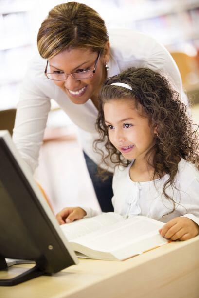 Considera invertir en tutores. Ya sea que tengas la ventaja de poderlos...
