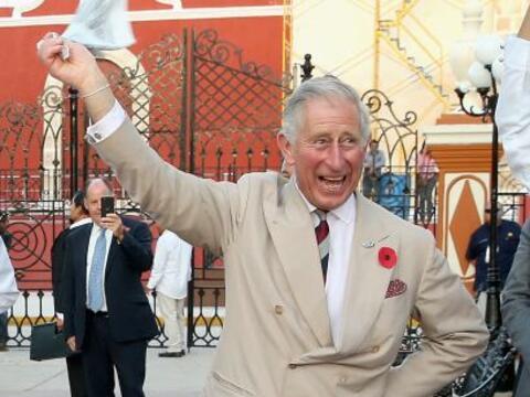 ¡Quién lo hubiera dicho! Miren al príncipe Charles c...