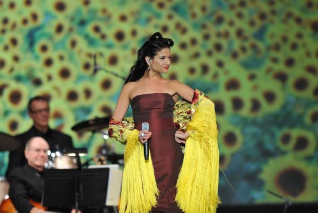 Natalia Jiménez ofreció una versión muy especial de 'Malagueña salerosa'