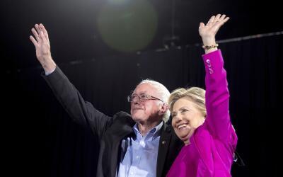 Clinton y Sanders en Raleigh, Carolina del Norte