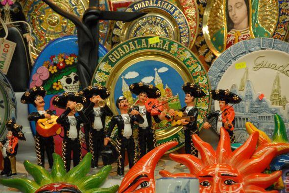 La boda será muy a la mexicana y Tlaquepaque está lleno de artesanías.