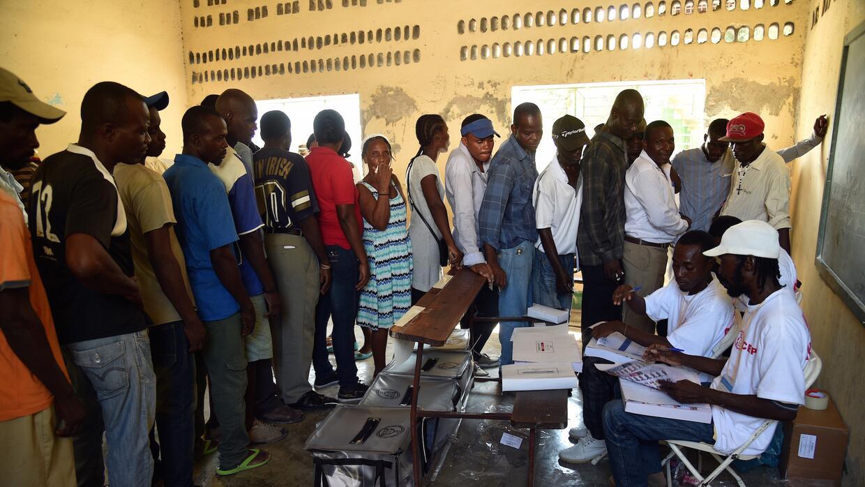 El proceso electoral en Haití transcurrió en relativa paz