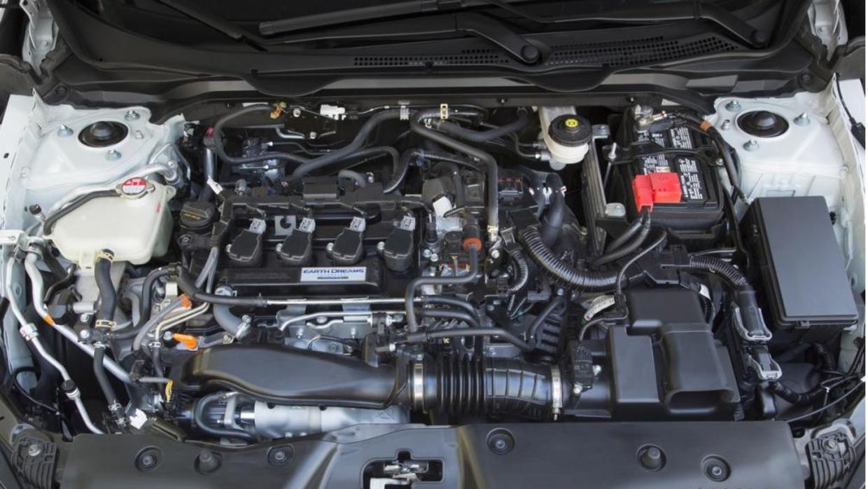 El 1.5 turbo del Honda Civic Touring da potencia adecuada sin convertirl...