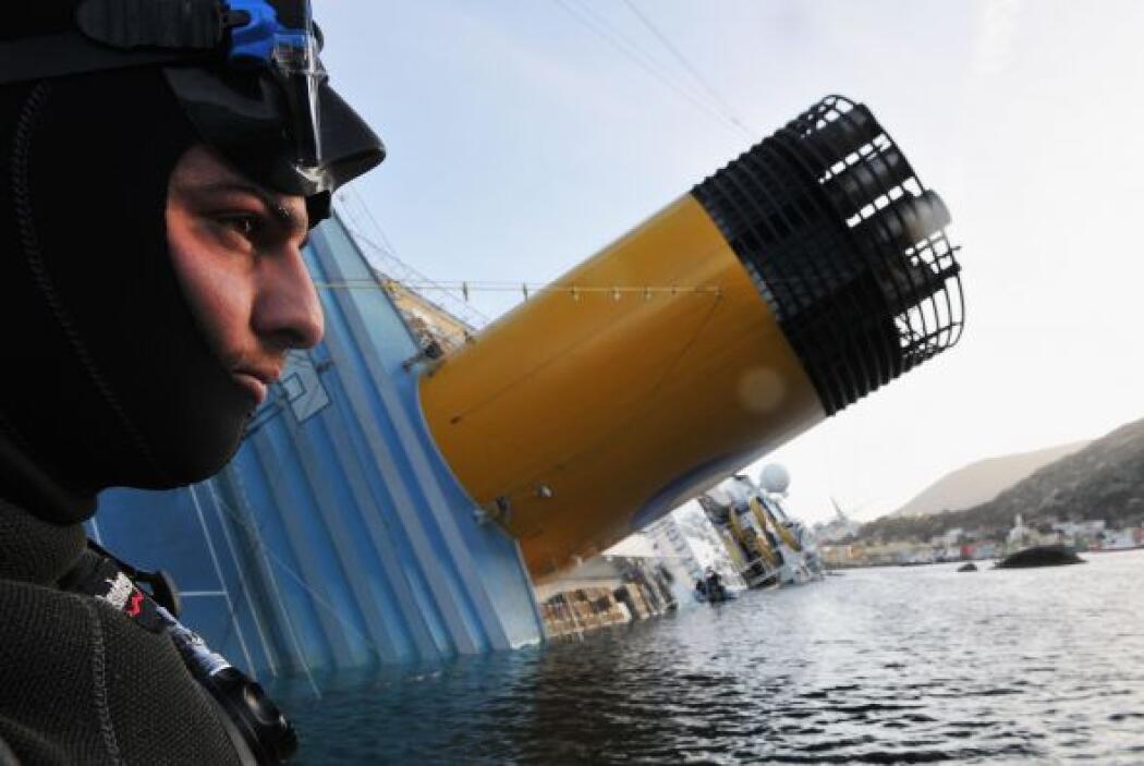 """Al igual que el """"Titanic"""" en su época, el """"Costa Concordia"""" acumuló todo..."""