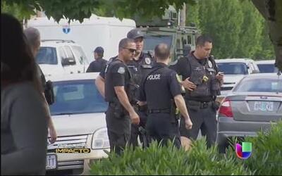 Estudiante muere en sangriento tiroteo en escuela secundaria en Oregón