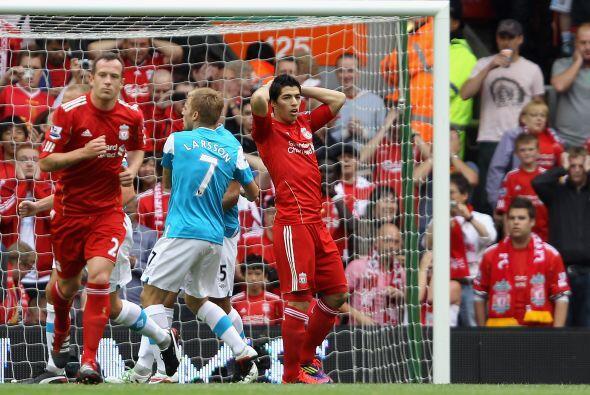 El uruguayo le pegó alto y dejó pasar la oportunidad de po...