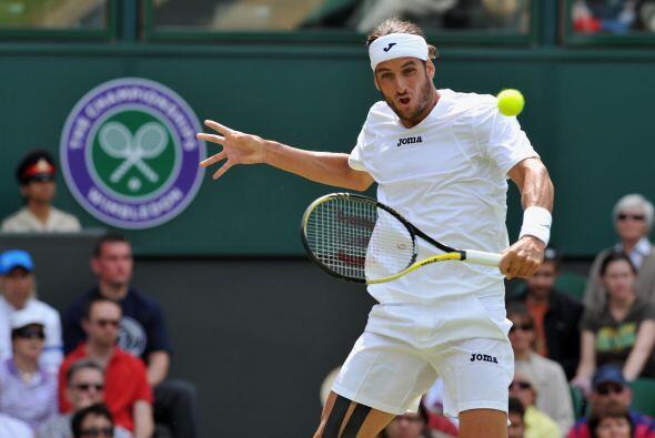 La mayor sorpresa en la rama masculina de Wimbledon fue la victoria de e...