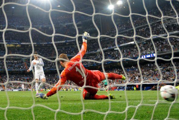 Aún llegaría un tercer tanto para el Madrid, de hecho fue...