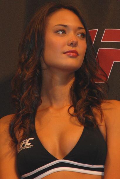Otra de las bellezas presentes en el pesaje de la UFC.