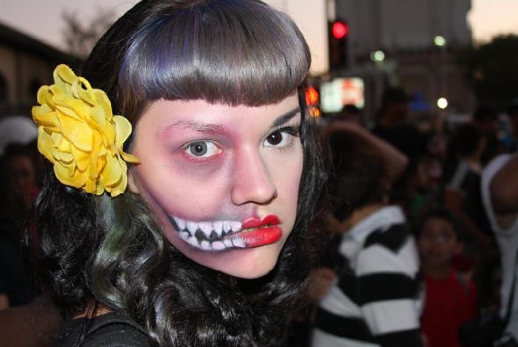 La marcha Zombie Walk México 2013 recorrió varias calles hasta llegar al...