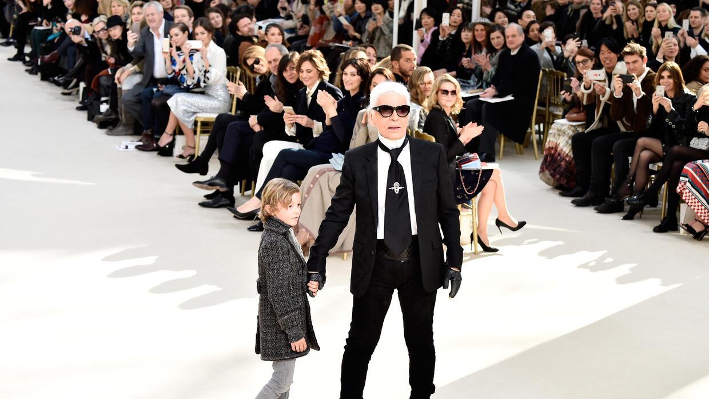 Karl Lagerfeld apostó este año por hacer un desfile de Chanel en La Haba...