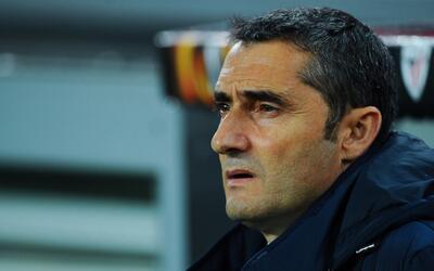 Josep María Bartomeu oficializó a Ernesto Valverde como nuevo técnico de...