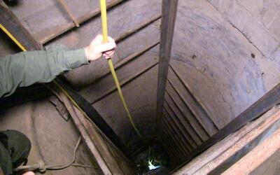Ejército ubicó campamento donde entrenaban 200 Zetas Tunel Douglas 2.jpg