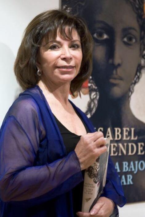 'La Casa de los Espíritus' fue la novela con que Isabel Allende debutó...